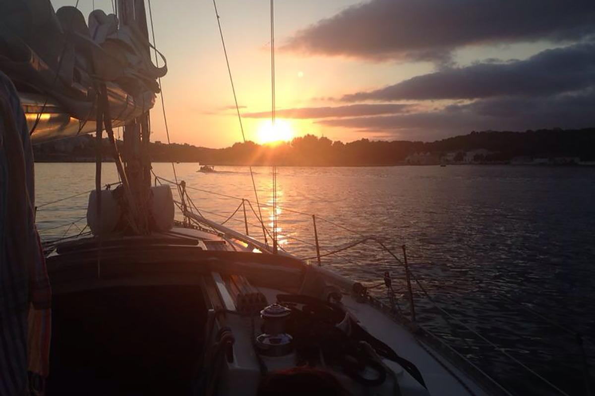 Cruising Sailing School
