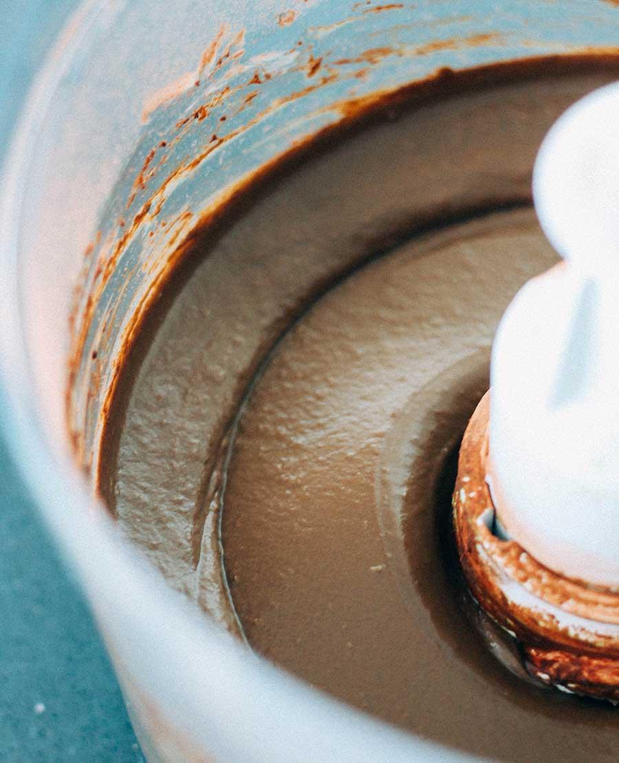 Cobertura o relleno de cacao y aguacate para pasteles, magdalenas, tortitas y demás.